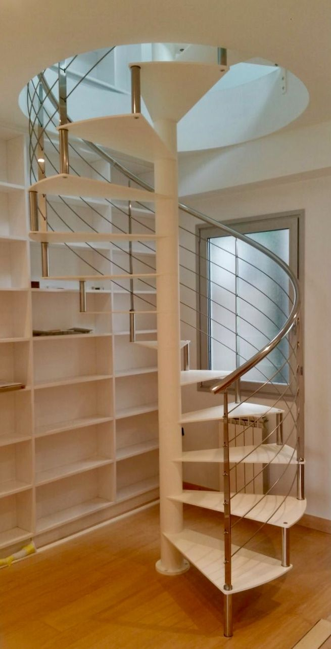 22 best escaleras caracol images on pinterest bannister elegance fashion and ladders - Modelos de escaleras de caracol para interiores ...
