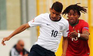Chelsea aim to retain teenager Dominic Solanke despite contract impasse