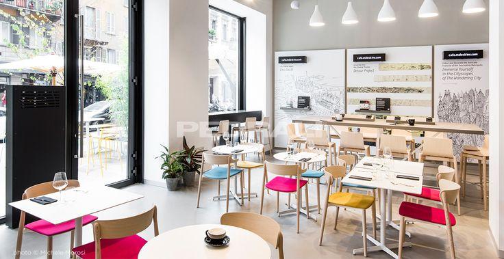 Scegli sedie, tavoli e sgabelli Made In Italy per l'arredamento di design di bar, caffetterie e pub. Scopri le nostre migliori realizzazioni.