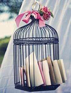 Deze vogelkooi krijgt een nieuwe bestemming op jullie bruiloft