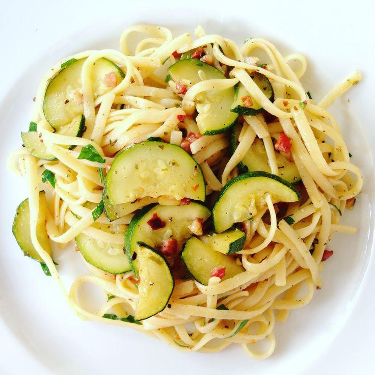 Italian Pasta with Zucchini - Spaghetti or Linguine, traditional Toscana...