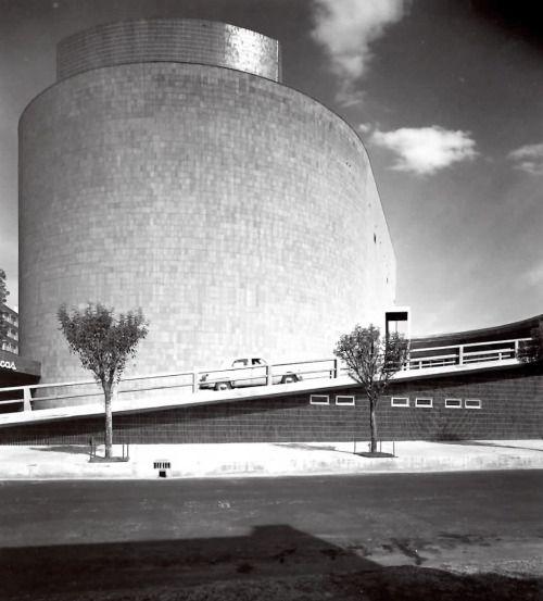 Las Americas shopping center and cinema - Mexico City - 1952 architect: José Villagrán Garcia