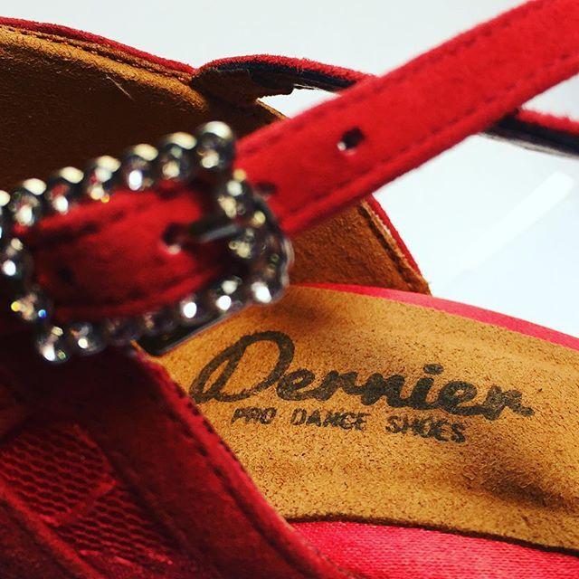 #buenosdías #bailarines #zapatosdebaile #zapatos #bailar #goodmorning #dancers #danceshoes #shoes
