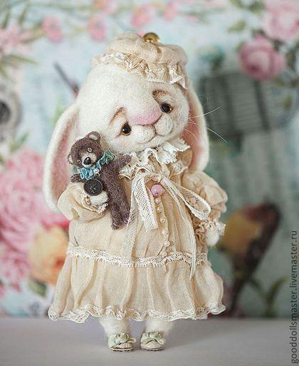 Игрушки животные, ручной работы. Ярмарка Мастеров - ручная работа Зайчонок и его любимый мишка:). Handmade.