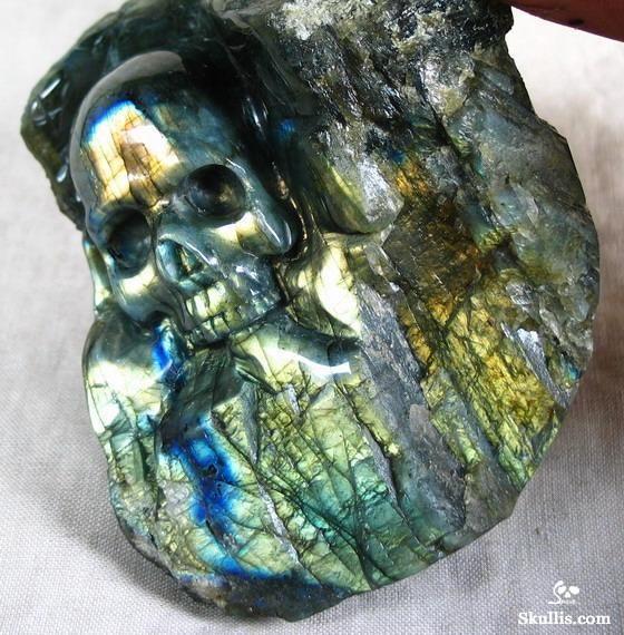 skull labradorite