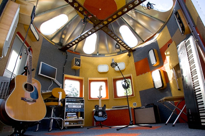 this is freakin' killer!  a music studio that used to be a grain bin that opens up...  you must go to the site and see all the pictures!