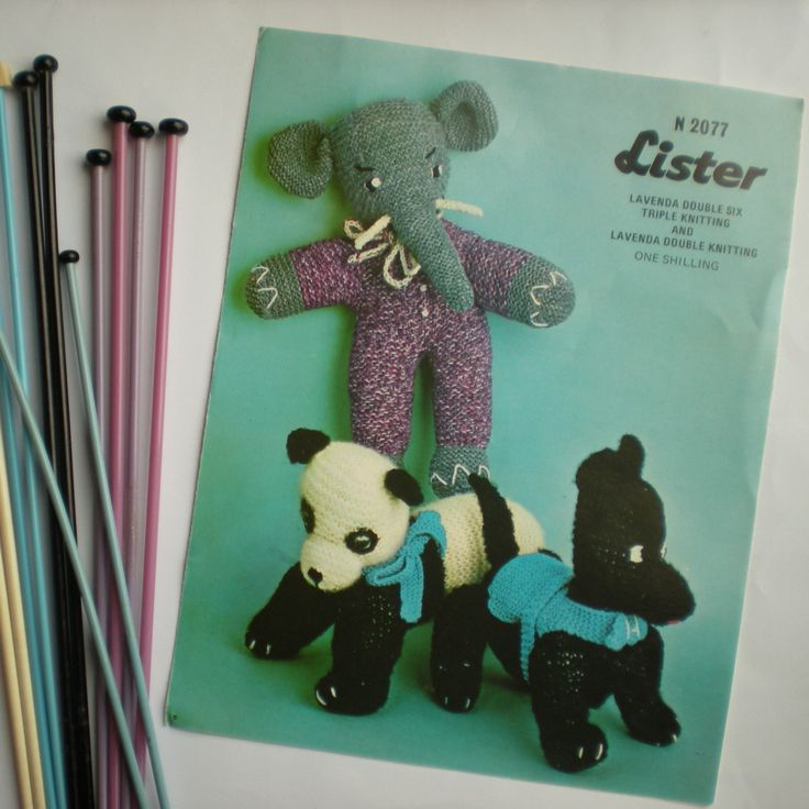 Vintage Knitting Patterns Toys : The 73 best images about Vintage Knitted Toys on Pinterest Vintage knitting...