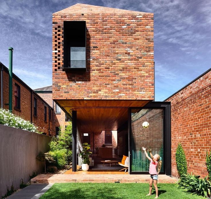 """CONTEMPORARY HOME NOW on Instagram: """"@mattgibsonad Matt Gibson extends Melbourne terrace with glazed kitc… in 2020   Terrace design ..."""