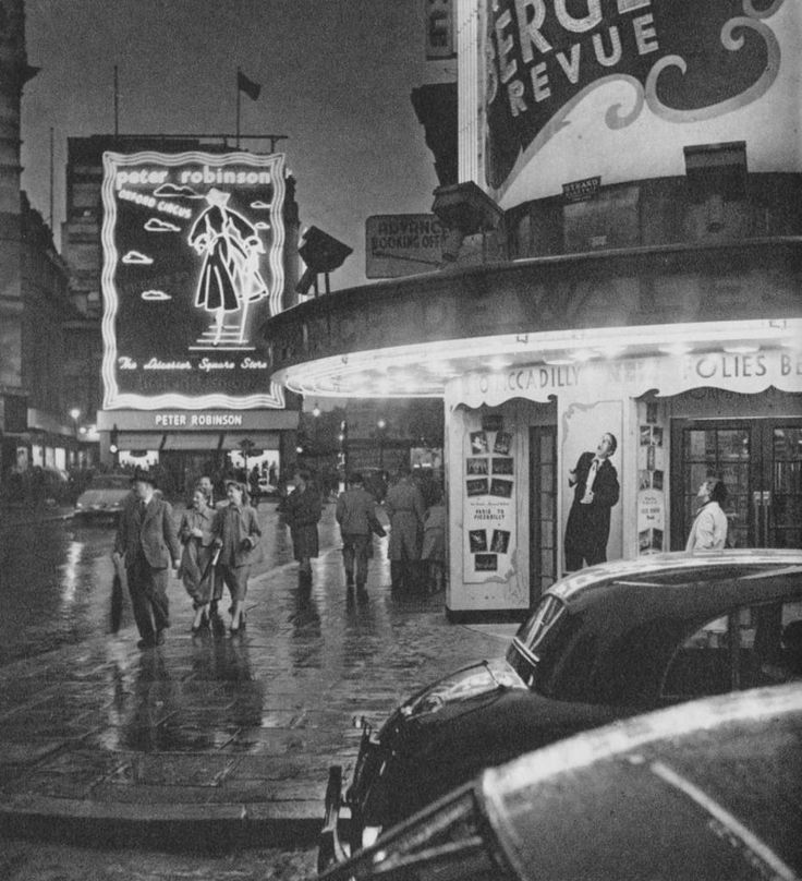 Prince of Wales Theatre | London in 1953 by Cas Oorthuys