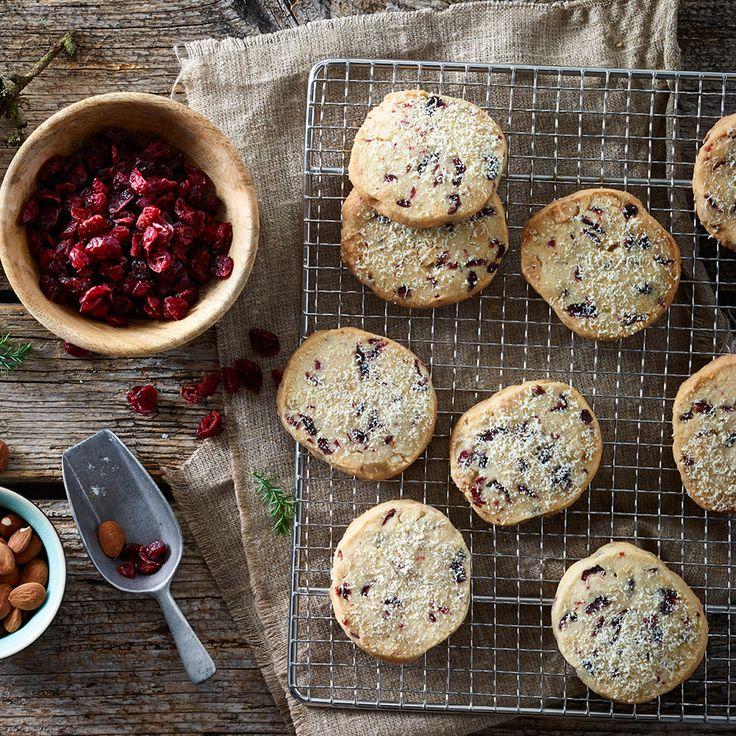 Tranebær cookies med mandler