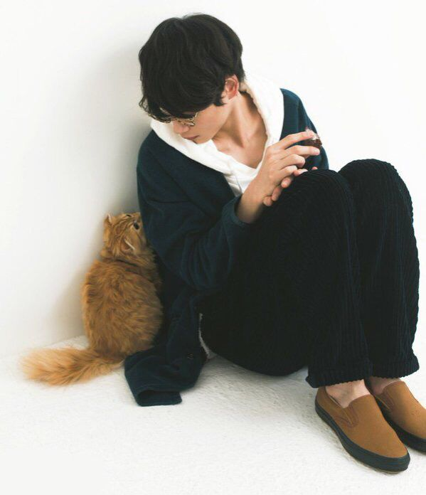 Jihan and cats will always be a fan favourite.