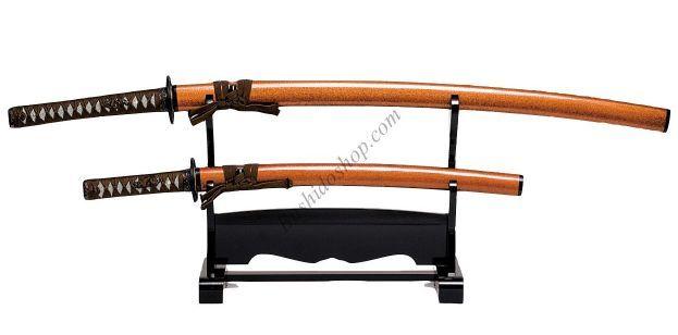 Int rieur japonais d coration katana sabre japonais de for Chambre type japonaise