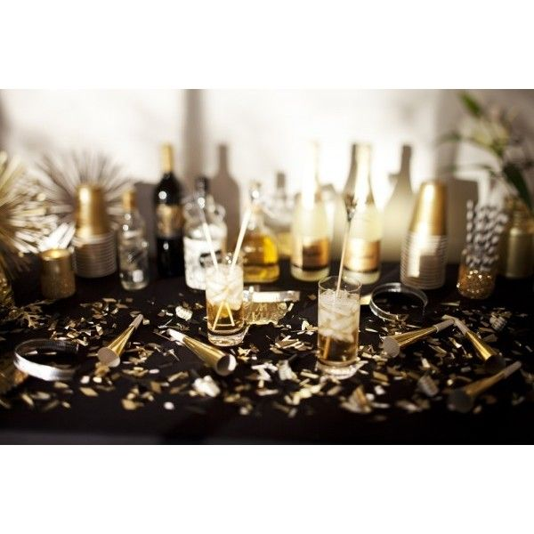 A New Years Eve Gold Rush Party ❤ liked on Polyvore featuring backgrounds, images, new years, photos and foto