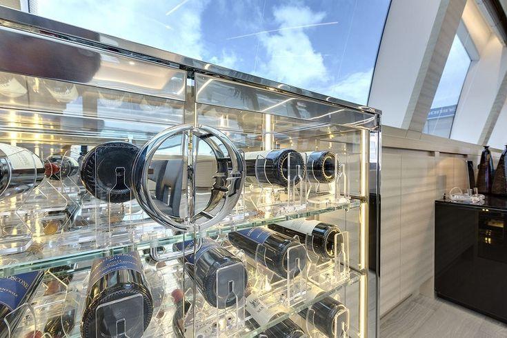 #Portabottiglie per il #vino Esigo per #yacht e #barche - #arredamento per il #vino Esigo per #imbarcazioni - #Boat and #yacht #design #wine racks - Courtesy of Overmarine Group | Mangusta
