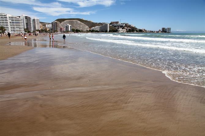 Cullera beach www.aticocullera.es ático de alquiler en Cullera