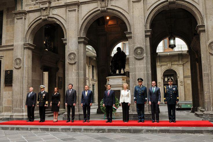 Es hora de sumarnos todos al trabajo en favor de México, José Narro Robles, Secretario de Salud - http://plenilunia.com/noticias-2/es-hora-de-sumarnos-todos-al-trabajo-en-favor-de-mexico-jose-narro-robles-secretario-de-salud/39607/