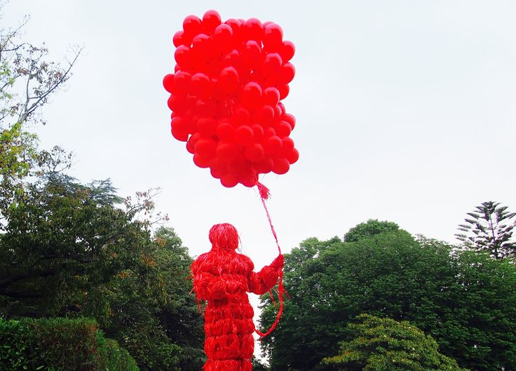 PhotoFriday :: Red | Red man with red balloons, Serralves em Festa, Porto :: Portugal (31.05.2015)