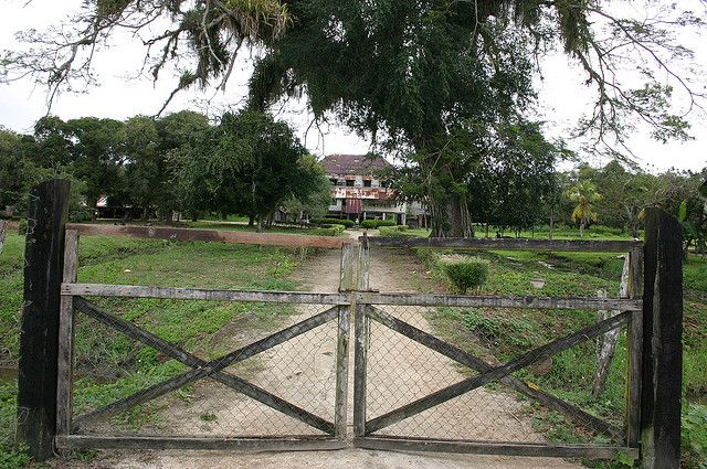 Abandoned Plantation Homes for Sale | Old and abandoned plantation house at the former plantation of ...