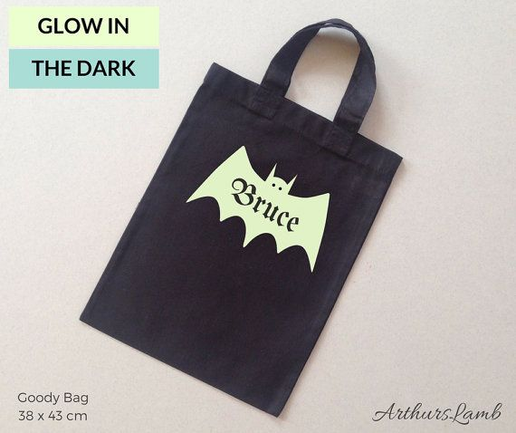 Bats are super spooky, especially at Halloween!! And with this personalized Glow in the Dark Bat print trick or treat bag you are sure to stand out!! So whether you are looking for a first Halloween gift or Halloween treat bags for your Halloween party, goody bag personalised with any name will be a much loved addition to the spooky day!! When ordering, please note the name required in Comments to Seller box during checkout. Measurements; Personalised Black Glow in the Dark Bat Graphic…