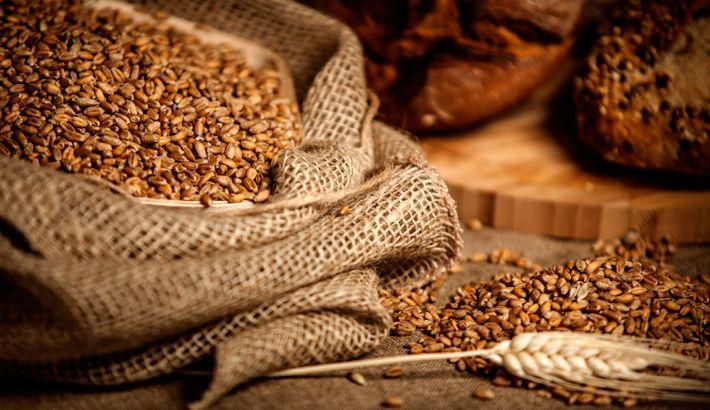 Een dieet waarin volkorenproducten zijn verwerkt leidt tot minder gezondheidsrisico's zoals hart- en vaatziekten. Dit is het resultaat van een onderzoek aan de Wake Forest School of Medicine, waarbij in totaal 285.000 mensen zijn betrokken. Mensen die vaak volkorenproducten eten,