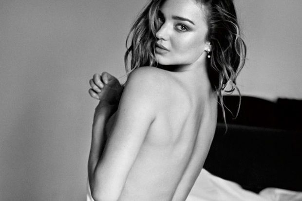 Miranda Kerr para 7 For All Mankind.