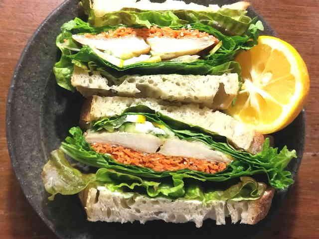 炙り〆鯵のサンドイッチの画像