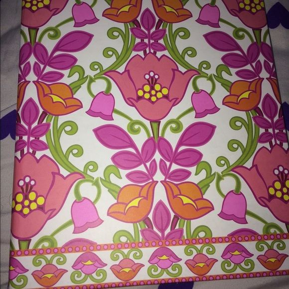 Vera Bradley binder planner in lilli bell This is a binder from 2013 and all pages have been used however the tabs are there and it is refillable very cute and perfect for school or office and also very organizing Vera Bradley Other