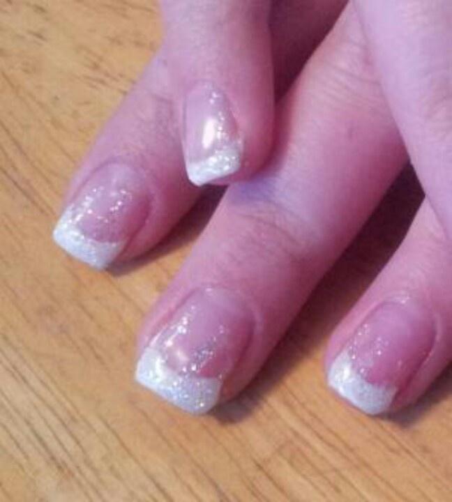 White dip sparkle tips