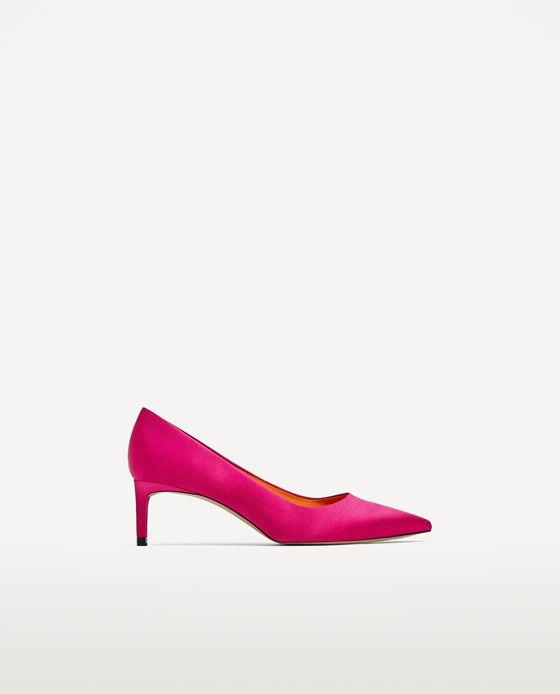 Afbeelding 2 van SATIJNEN PUMPS MET HALFHOGE HAK van Zara