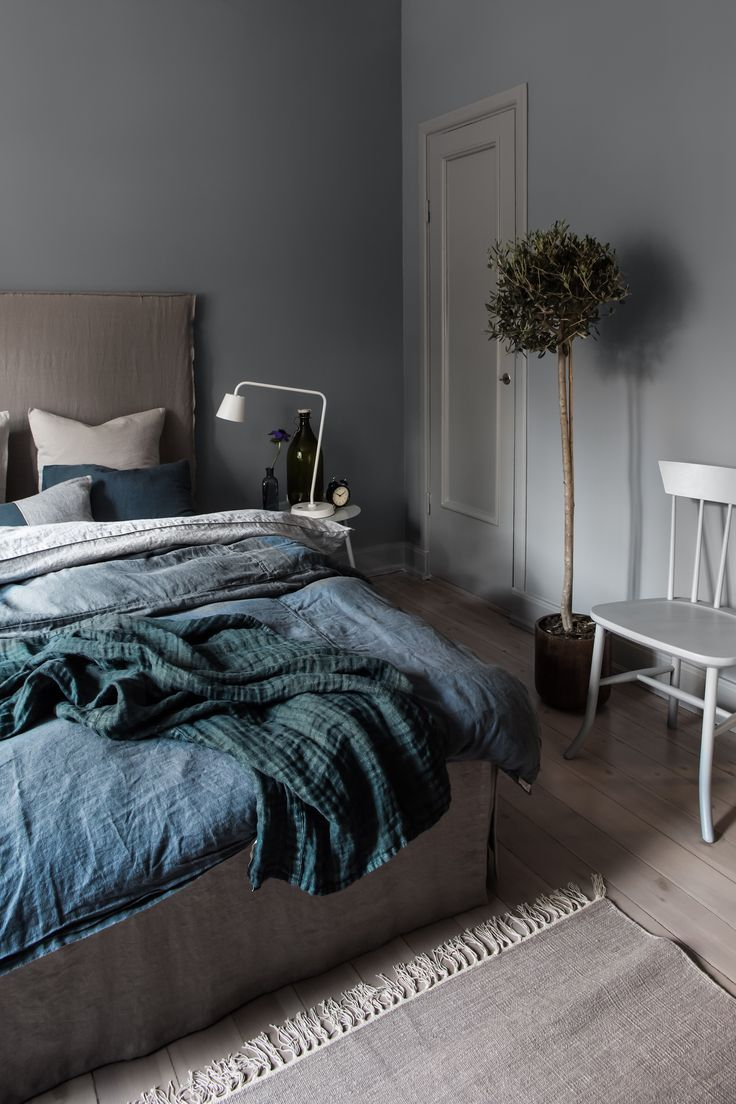 Duvet cover Sunshine in the colours Lyric and Marble beautifully embedded in the lightweight linen bedspread Hannelin.  #Himla_ab #Sunshine #Marble #Lyric #Hannelin #linen #bedspread #bedlinen