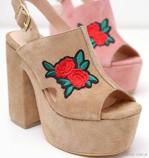186c40f45 sandalias con plataformas bordadas verano 2018 - Praxis | Zapalook - Moda  en Zapatos 2018