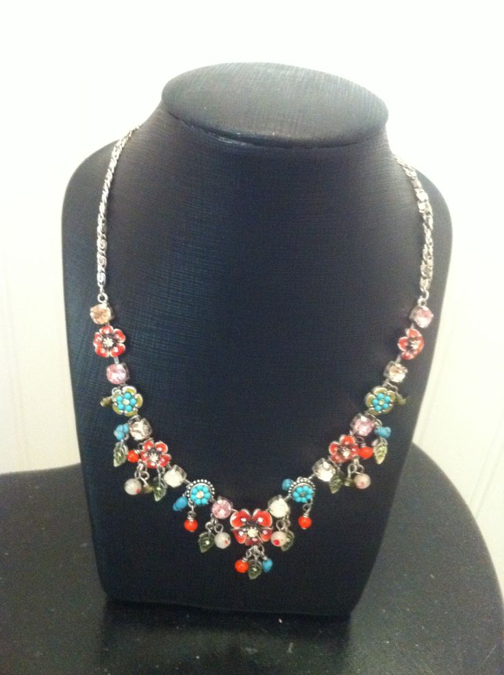 Colourful, vintage,flowers necklace. <3