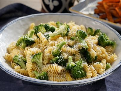 Get this all-star, easy-to-follow Fusilli with Garlicky Broccoli recipe from Valerie Bertinelli