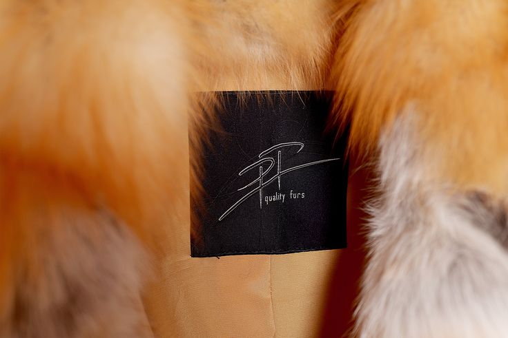 High-quality products deserve recognition. All our fur garments come with a distinct label.
