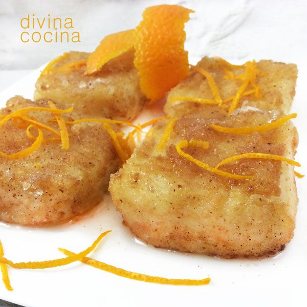 Con esta receta de leche frita de naranja puedes dar un toque diferente a la leche frita tradicional. La receta no es exactamente igual porque lleva yemas, pero el resultado es muy similar en textura, aunque con mucho sabor a naranja.