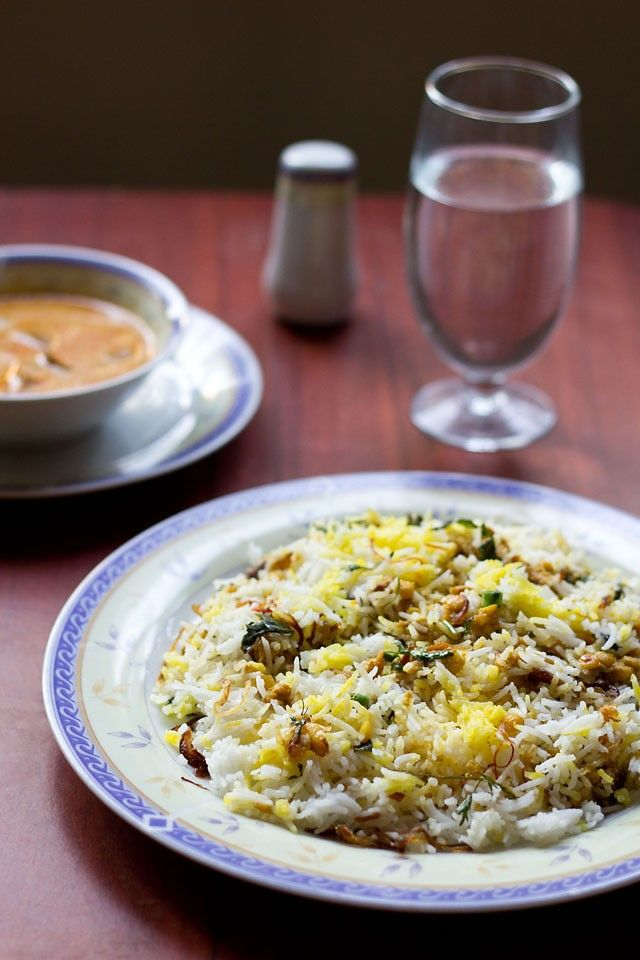 qabooli biryani or qubooli biryani is from hyderabadi cuisine.the nawabi food is truly a delight for the eyes as well as for the taste buds.    i was lucky to spent some time of my life in
