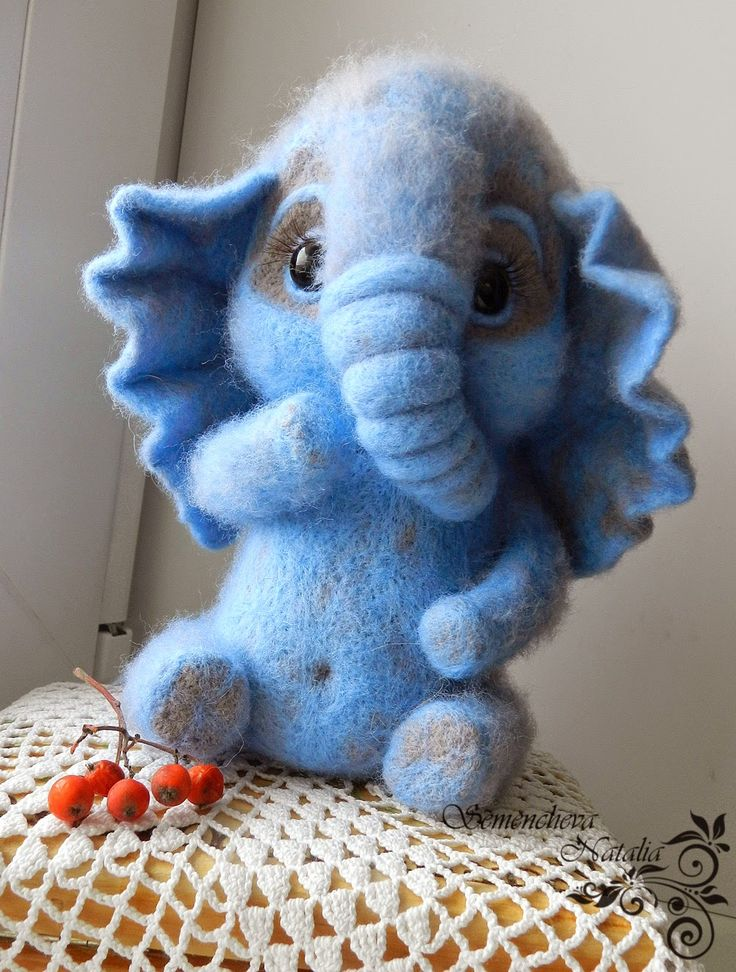 слоник из войлока, felting, валяние, валяная игрушка, игрушка из шерсти, игрушка из войлока