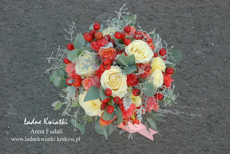 Beata & Tomek - wedding bouquet in a beautiful coral color with the addition of cream and soft gray - my favorite