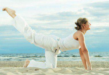 se pueden realizar ejercicios para la perder la papada sin liposucción como ejercicios de doble mentón que también pueden ser eficaces en destacar