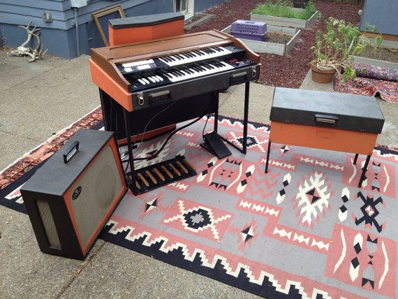 vintage analog c 1967 gibson g201 lowrey t2 combo organ as used by the doors keyboards and. Black Bedroom Furniture Sets. Home Design Ideas