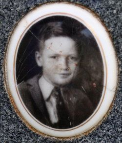 10 year old Perry Lee Cox victim of school bombing in New London, Texas on March 18, 1937