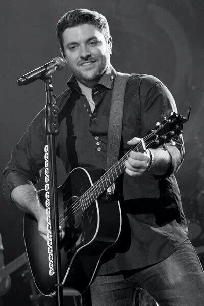 Chris Young looking very yummy.