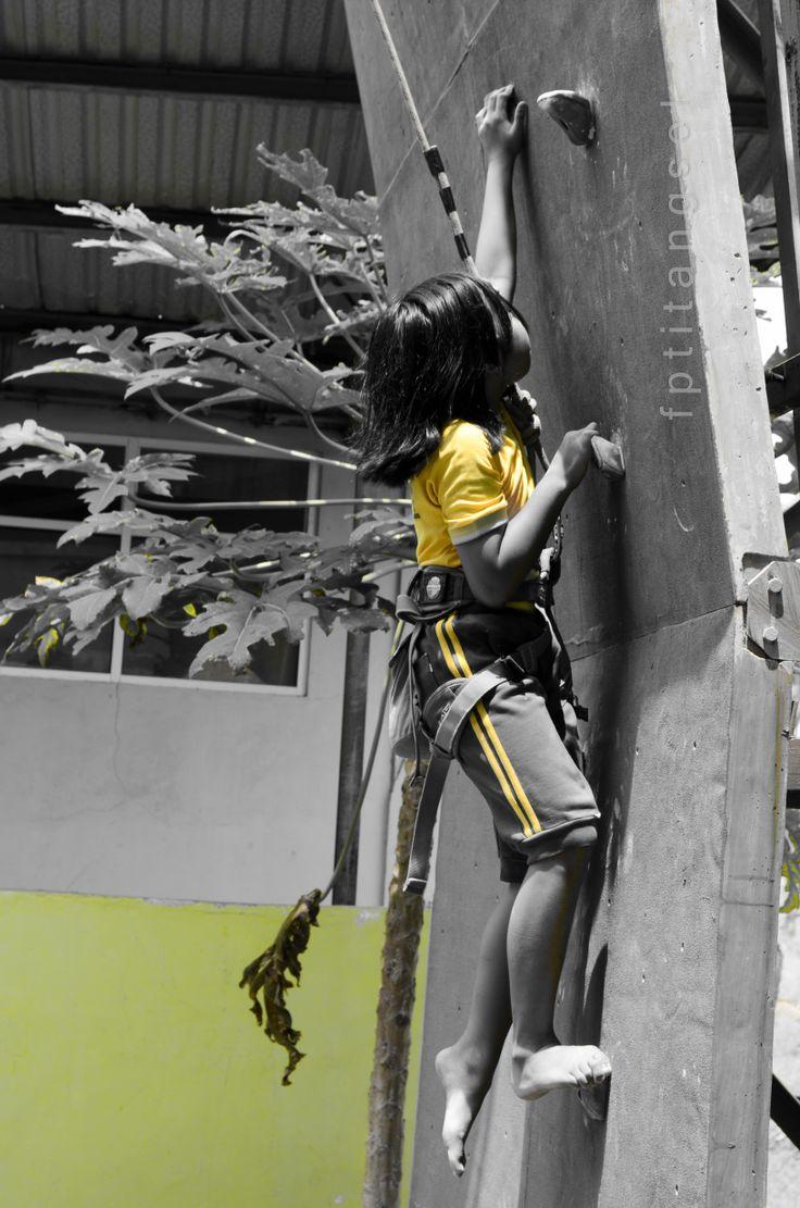 panjat tebing bukan panjat pinang 17-an http://eben3d.blogspot.com