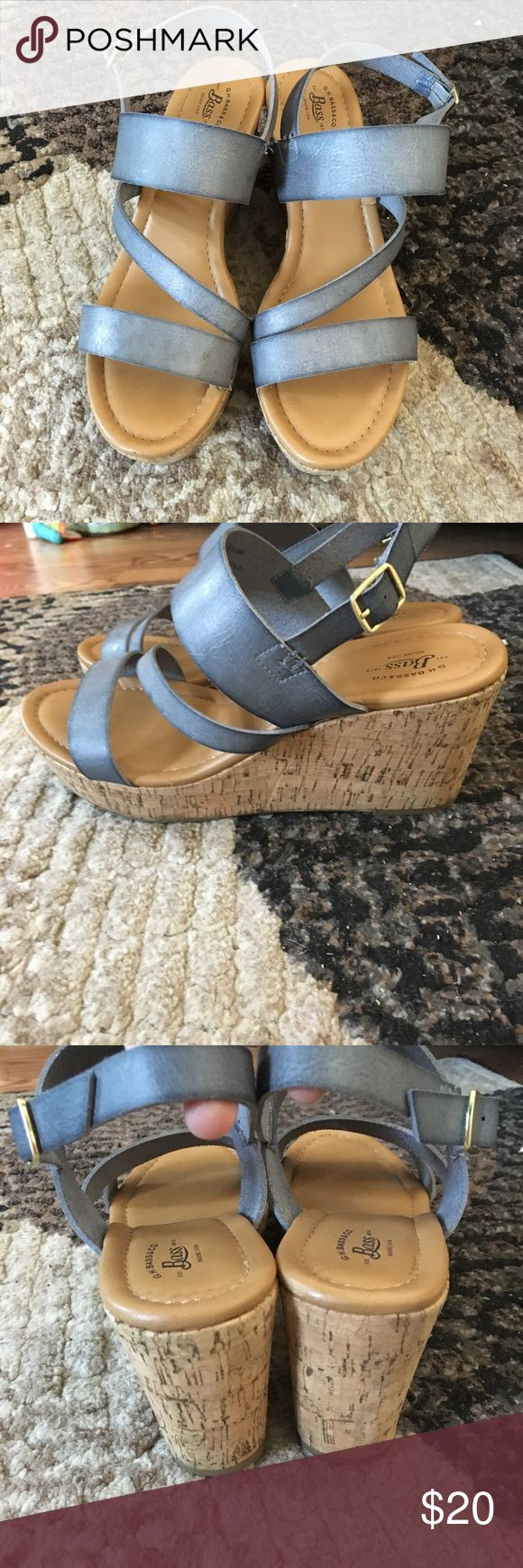 Bass light blue/grey sandals size 9