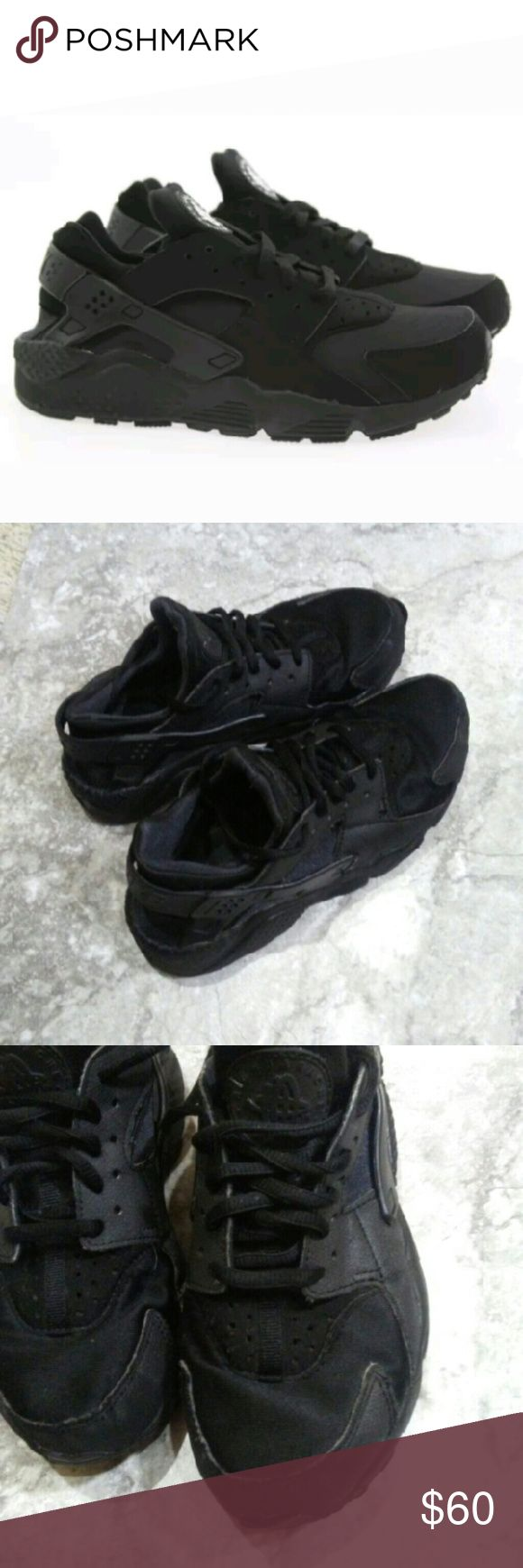 NIKE HUARACHE 634835-009.    SIZE 6 All black women Nike Huarache running shoes. Pre own some damaged around the heel in and front toe as shown in photo  Overall good condition Nike Shoes Athletic Shoes