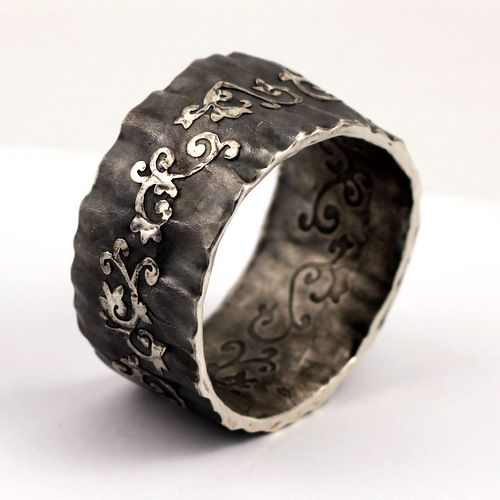 wow - i wonder if this ring would help my dreams of becoming a woodland fairy come true  ****Believe***