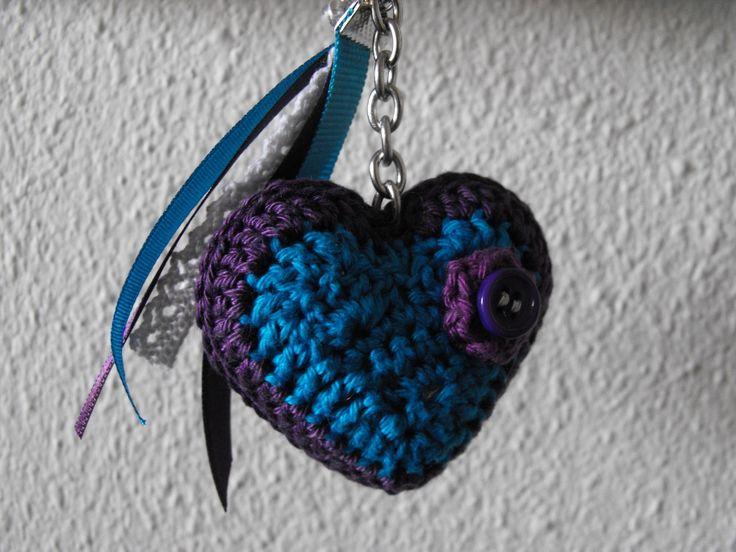 Paars en blauw hartje in opdracht gemaakt eigen patroon