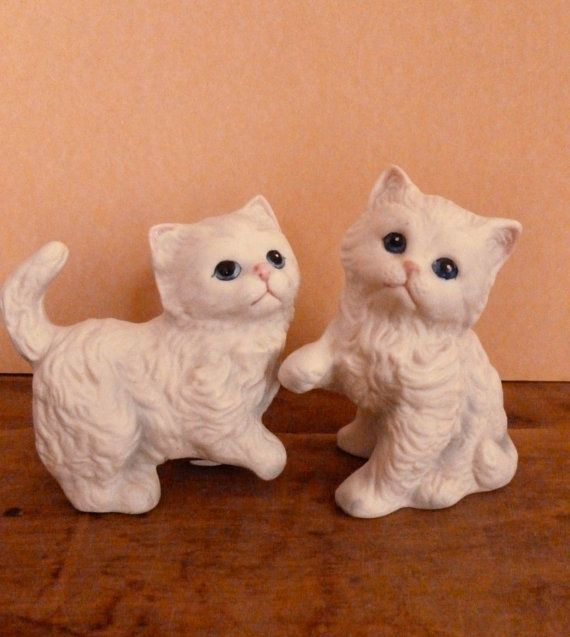 Vintage Homco White Kitten Figurines - Porcelain Bisque Kitty Cat Figurines