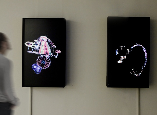 JE BAAK HADA CONTEMPORARY   Installation view 2 – The structure of   multi channel LCD monitor installation   about 9min (looped)   2010
