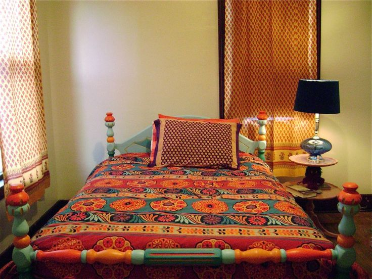 Best 20 indian bedding ideas on pinterest indian inspired bedroom indian interiors and - Adorable moroccan decor style ...
